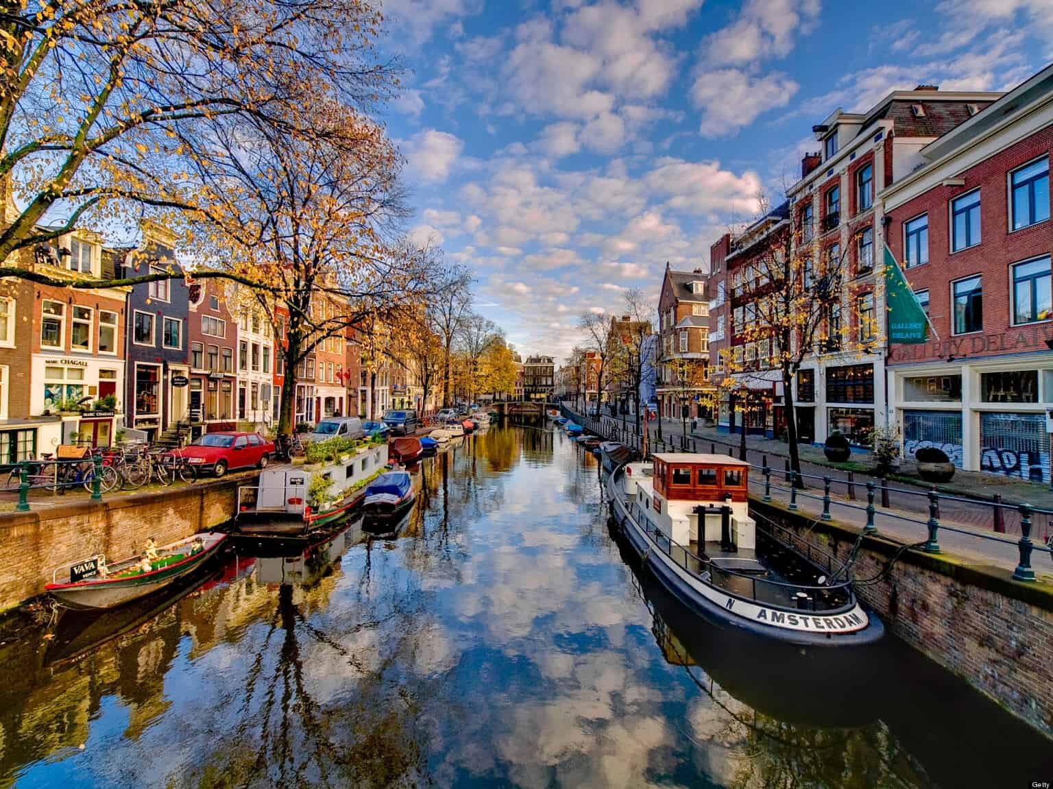 Startups moving to Amsterdam